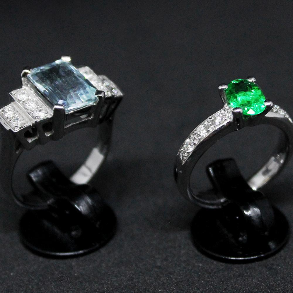 Anelli con acquamarina e smeraldo