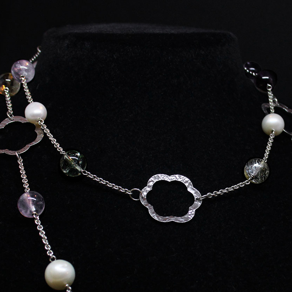 Collana in argento con quarzo e perle