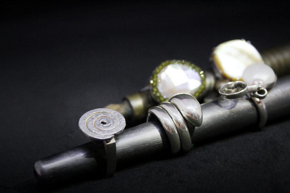 Anelli in argento con madreperla